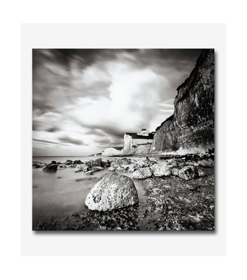 Paisaje rocas del mar BN